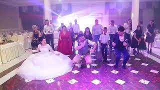 Танцевальный флешмоб на свадьбе Мусы и Джамили. Ведущий Александр Михайленко