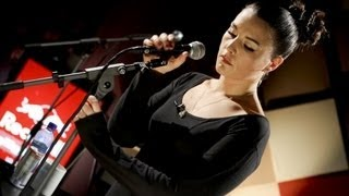 Jessie Ware - Running (Live at Red Bull Studio, London)