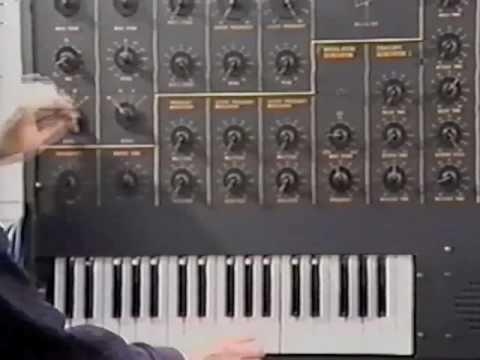 'The Vintage Synth - Volume 3: Korg' ...