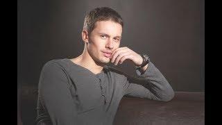 Какая солнечная пара: звезда сериала «Практика» Эльдар Лебедев показал фото с красавицей-супругой