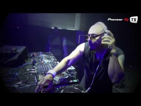 Roger Sanchez ► Evolution Party Live