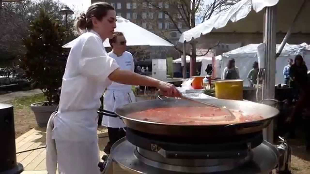 Katie Button Cooks Paella On Evo Grill Youtube
