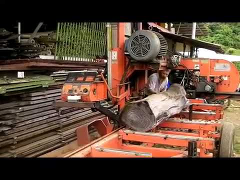 Mahogany sawing by a Wood-Mizer LT28 in Malaysia