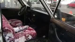 """Пьяный водитель """"Нивы"""" снес остановку с 16-летней девочкой"""