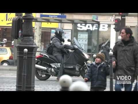 Policier en moto écrasé sur l'autoroute par une voiture!!! - Joke TVde YouTube · Durée:  45 secondes