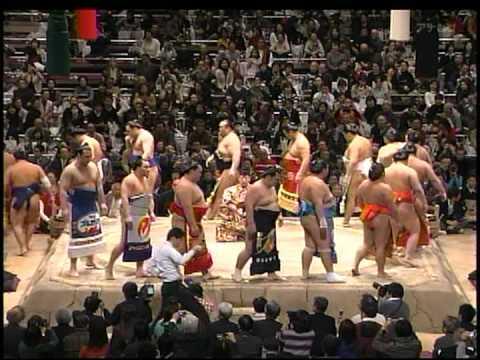 2009/01/25 大相撲 初場所 千秋楽 幕内力士 土俵入り SUMO - YouTube