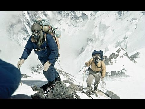 Everest scientists' feat of endurance for critically ill patients