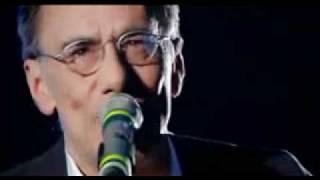 """Roberto Vecchioni """"Chiamami Ancora Amore"""" + Testo - Sanremo 2011.mp4"""
