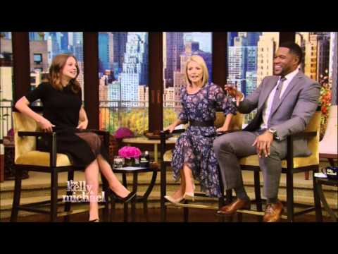 Carey Mulligan Live With Kelly and Michael 10 14 2015