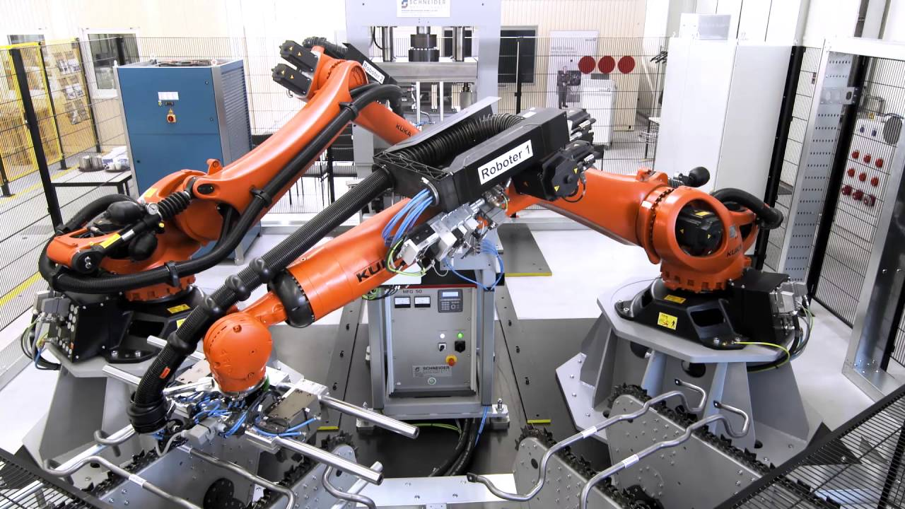 Metal Bending Machine >> Robotic Bending and Stamping of Metal Stabilizers with KUKA KR QUANTEC - YouTube