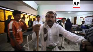 Anti-govt protest in Sanaa continues,  injured from Wednesday protest