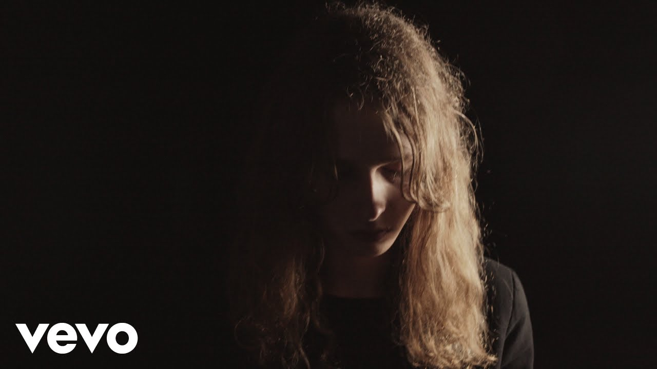 Lauren Auder - Small Ghosts