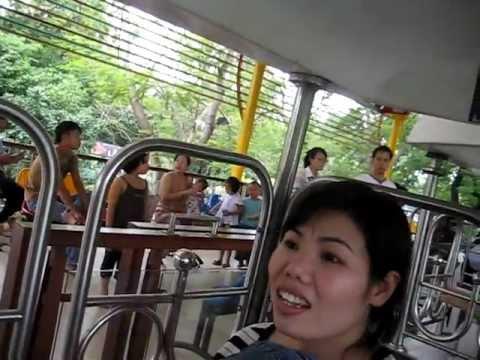 Du lịch Đầm Sen - đi tàu trên không