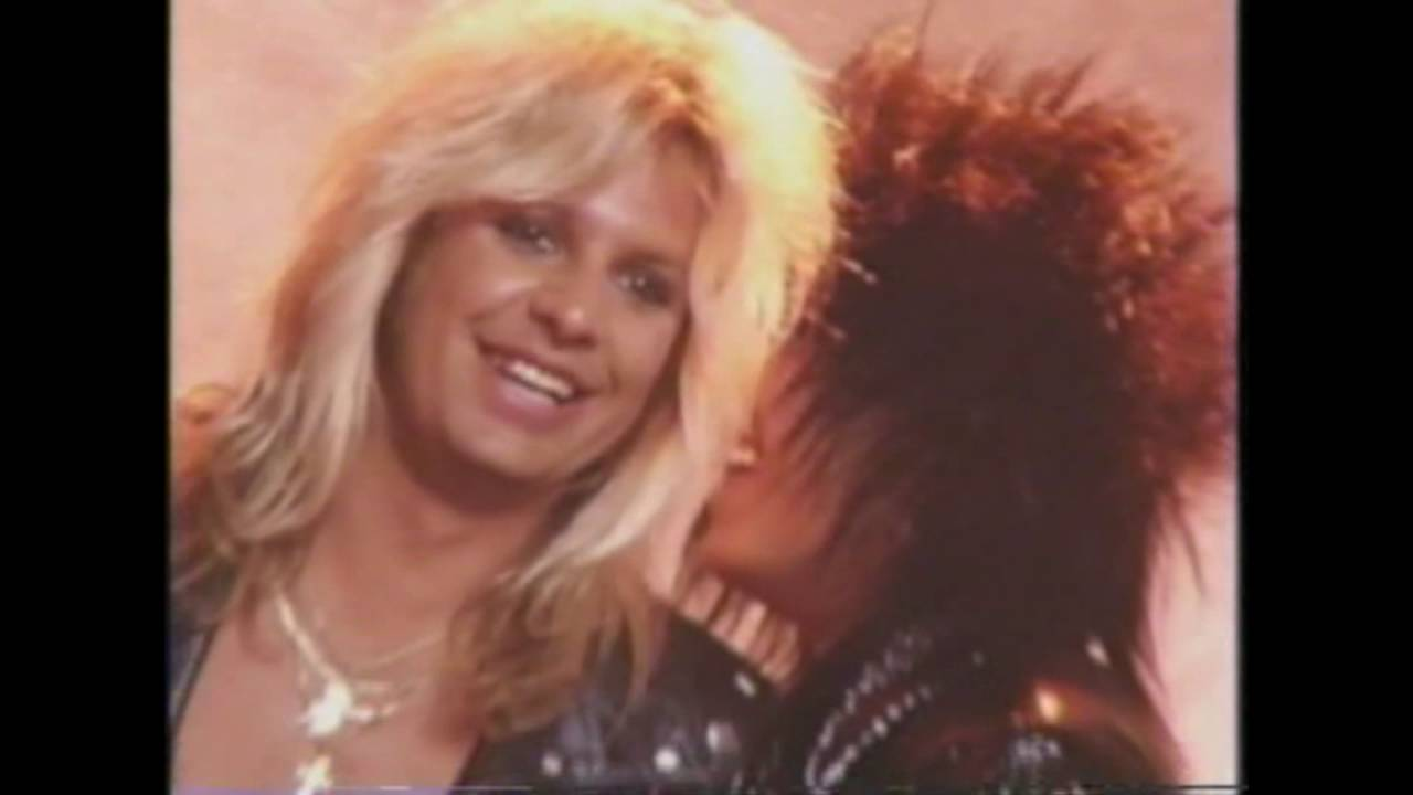 Motley Crue - All In the Name Of Rock