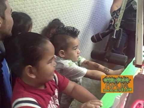 Hoomau 2010 KPOA 93.5 FM Punana Leo O Maui.wmv