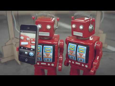 iDiots, cortometraje de la obsolescencia programada | Cuento de robots perezosos | Big Lazy Robots