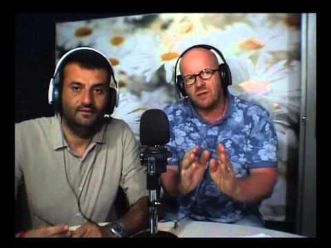 Tommy Tedone insieme al Sindaco di Bari Antonio Decaro in Radio il 4 luglio 2015