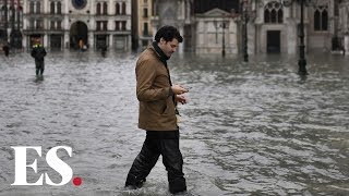 Venice flood: Incredible footage of flooding in Venice Italy after highest tide in 50 years