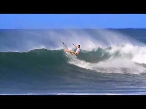 Dane Reynolds massive turn at the 2012 Reef Hawaiian Pro