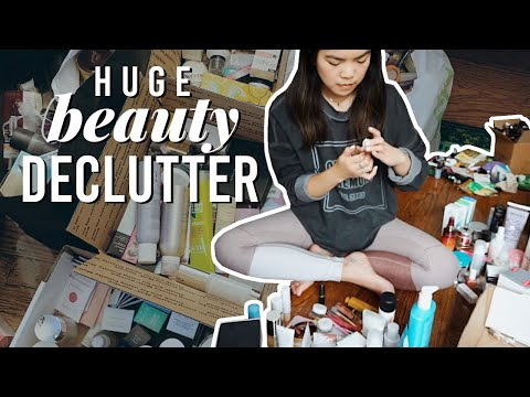 HUGE BEAUTY DECLUTTER (more Than Half My Collection!) + Organization | Apartment Declutter Pt. 2