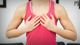 Fitness: Workout gegen einen Hängebusen