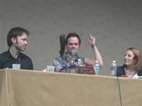 Youmacon 2009 Brad Swaile says yes i am kira