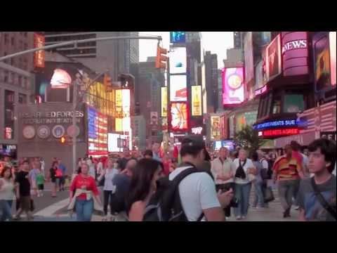 New York ... a night on Broadway, Times Square Manhattan, HD