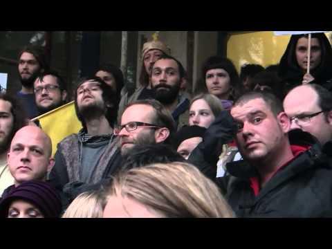 [RešiRš] Save radio student (film by Diego Menendes)