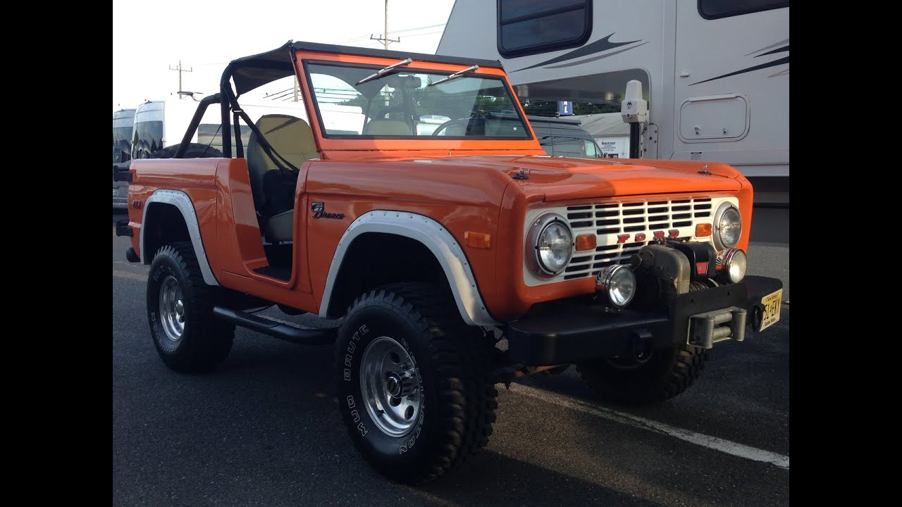 Early ford bronco old school classic 1972 4x4 off road truck roadster crazy horse style