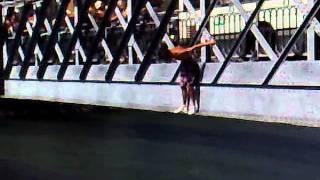 Mario e toco na ponte D. luis