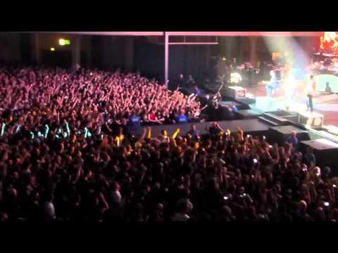 Linkin Park - Faint (feat. Austin Carlile/Of Mice & Men) Frankfurt, 11.17.2014.