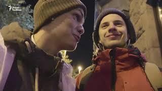Смотреть видео Стоять до конца. Как в Москве первым купить IPhone онлайн