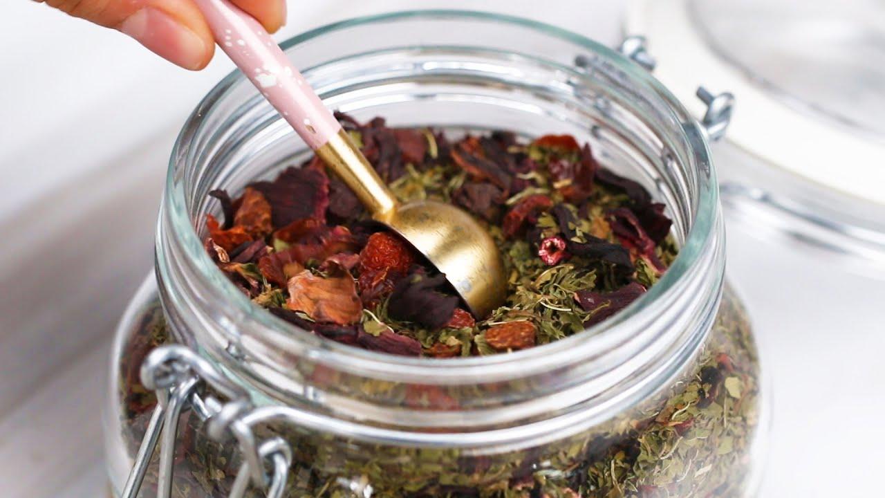 Teh Herbal untuk Mengontrol Siklus Menstruasi
