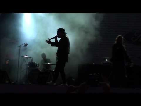 Youtube: Loud Lary Ajust: Ondulations / Van Gogh Live au FrancoFolie 2016