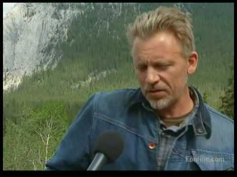 Callum Keith Rennie  at E!Online