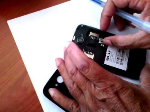 Como instalar la micro SD al BLU Advance 4.0 - YouTube