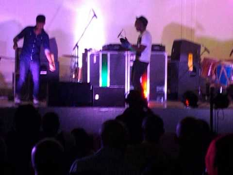 Black Motion Rocking NWU (PENS DOWN 2013) yoooooooooooooh!!!!