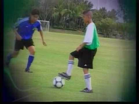 Football การเล่นเกมรับในสถานการณ์สองต่อสอง Force8949
