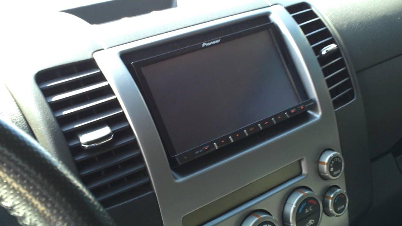 2006 nissan pathfinder radio not working