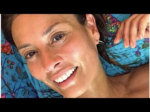 Melanie Sykes, 47, lays body bare in sizzling 'topless' reveal