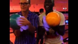 考森Coulson(Clark Gregg)&崔普Triplett(B.J. Britt) 保齡球舞 Bowling Dancing 神盾局特工 Agents of S.H.I.E.L.D. Thumbnail