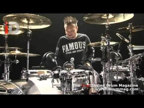 Travis Barker Drum Kit Tour - Blink 182 European Tour Kit - IDrum Magazazine