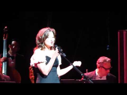 Amy Grant - Rockin' Around The Christmas Tree (Live From Portland, Oregon, On November 20, 2016)