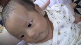 新生児 笑顔の後うんちをきばる顔がかわいい おもしろ映像 生後1ヶ月の...