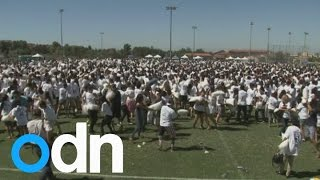 Pillow fight places US students in Guinness World Record book