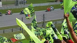 MotoGP Start Spielberg 2018 Valentino Rossi Tribüne