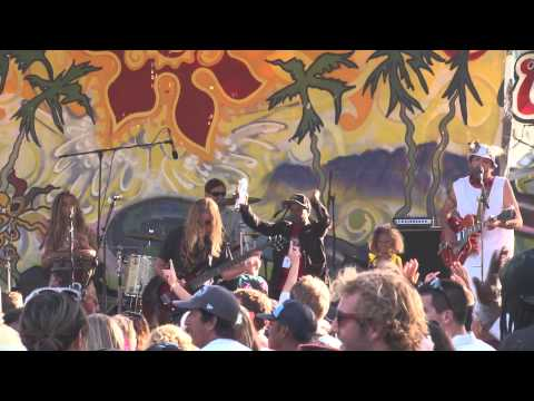 Santa Barbara Solstice Festival Music Performance by GrooveShine
