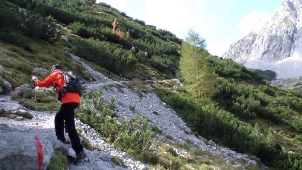 Klettersteig Coburger Hütte : Coburger hütte über hoher gang youtube