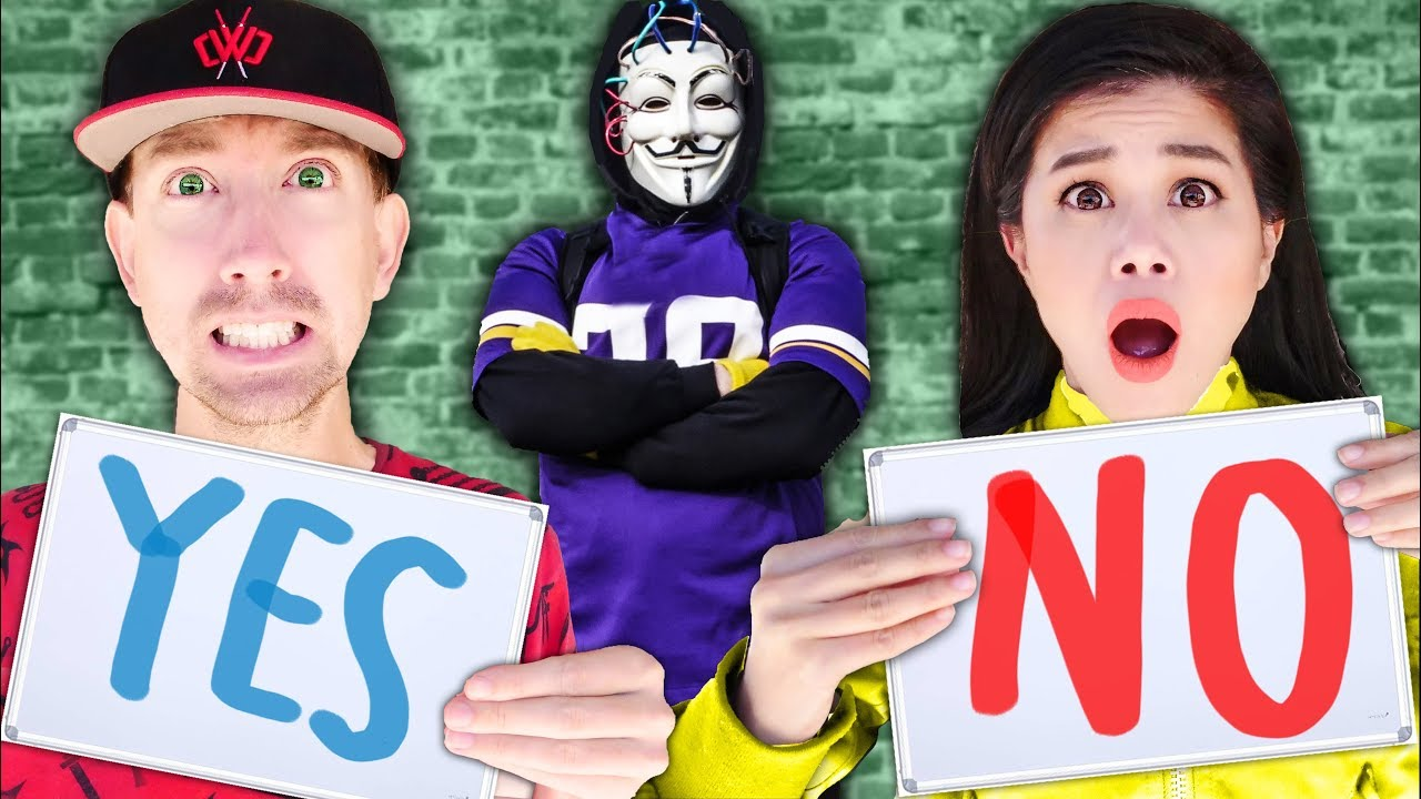 HACKER CHALLENGES CHAD & VY to TRIVIA CONTEST Newlywed Game to Reveal Spy Ninjas Secrets