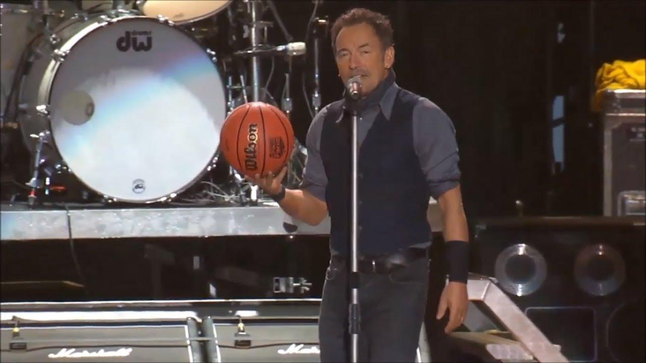 Bruce Springsteen & The E-Street Band - Jump (Full song - Pro Shot)